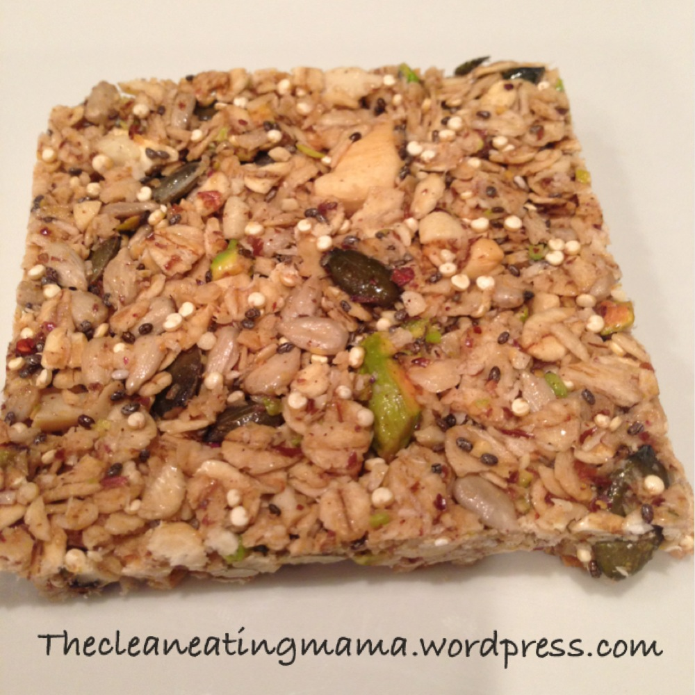 Clean & Healthy Granola Bars | The Clean Eating Mom